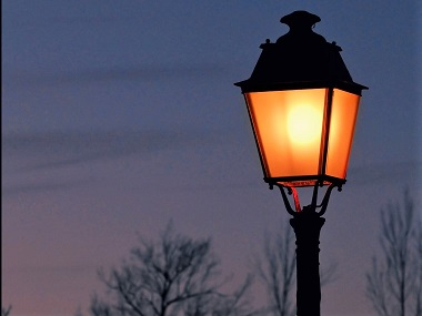 lampadaire sur les bords de la cere
